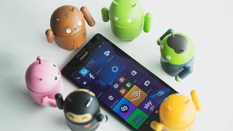 Vi sao dien thoai Nokia lien tuc duoc tai sinh?