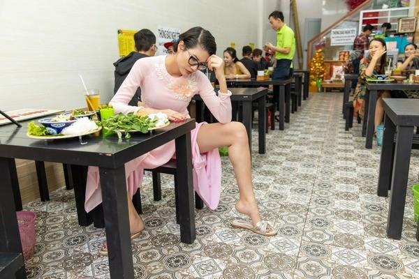 Sao Viet khon don vi Covid-19-Hinh-2