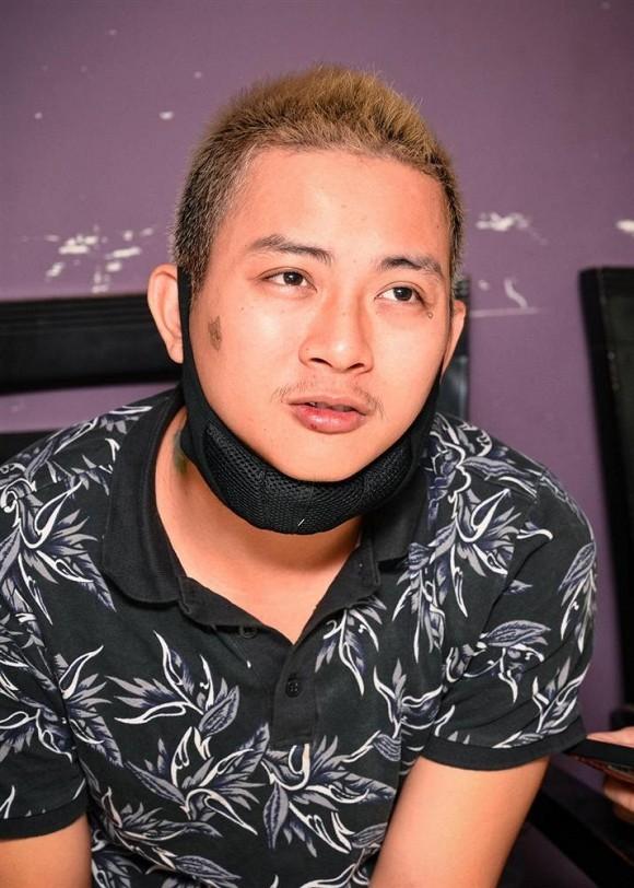 Con trai nuoi Hoai Linh bo pho khong nhan ra-Hinh-2