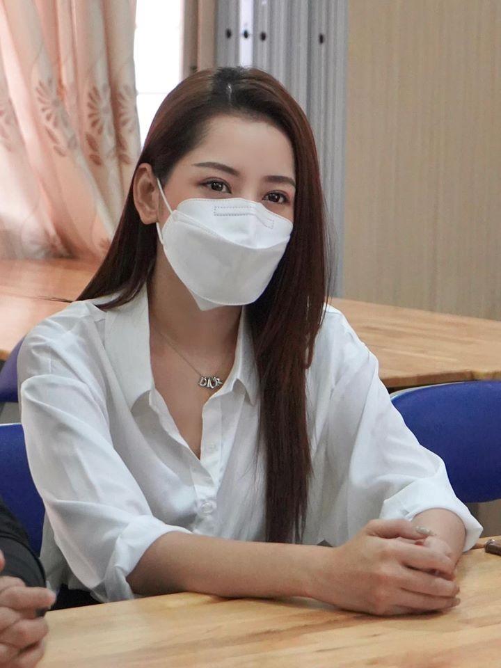 Chi Pu nhay vu dieu Ghen co Vy khien fan cuoi ngat vi quen-Hinh-9