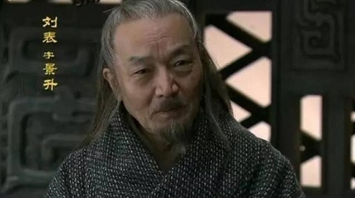 Manh tuong Luu Bieu: 1 theo Ton, 1 quy Tao, 1 vang danh thien ha-Hinh-2