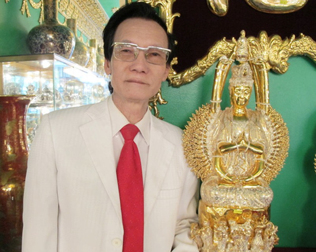"""Doanh nhan """"ra tu vao toi"""": Dai phu dat cang so huu toi 3 tan vang"""