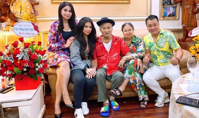 Chuyen em gai Ly Hung:
