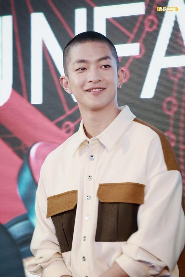 Cai gia rat 'dat' phai tra danh cho dan trai deu cua showbiz Hoa ngu-Hinh-2