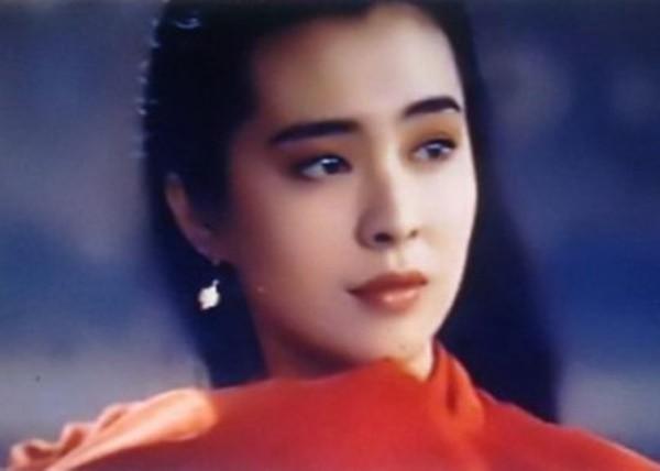 'De nhat my nhan Chau A' tan phai nhan sac va le bong o tuoi 49-Hinh-4