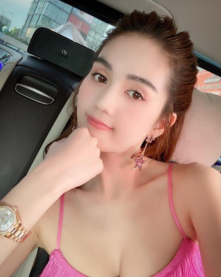 Ngoc Trinh muon lay chong, muon co con: Cang som cang tot-Hinh-2