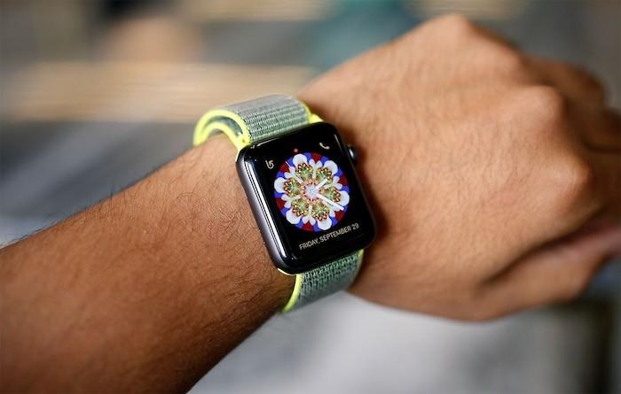Nhung khoanh khac dang nho cua ong vua dong ho thong minh Apple Watch-Hinh-6