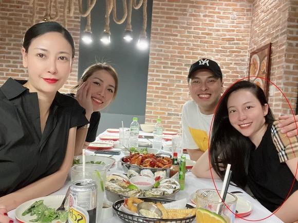 Linh Nga lo cam nong, vong hai lon bat thuong-Hinh-2