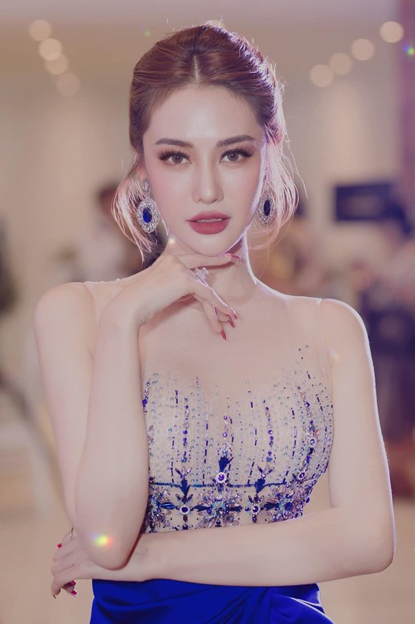 Linh Chi ngay cang xinh dep quyen ru khong kem Ngoc Trinh-Hinh-8