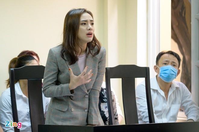 Ngan Khanh, Phuong Trinh Jolie va Lan Trinh sau khi dut ao ra di-Hinh-2