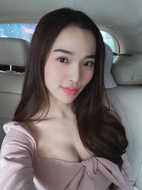 Ba xa Ung Hoang Phuc lo ngoai hinh gay go khong nhan ra-Hinh-5