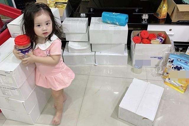 Chong ve que o an, ba xa Hoai Lam song the nao?-Hinh-3