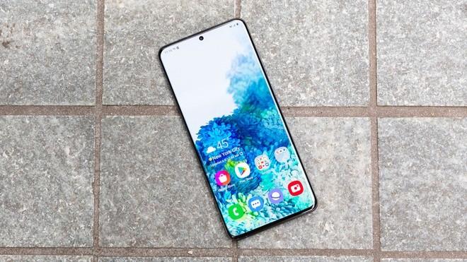 Nhung smartphone cuc dang de mua khi choi game-Hinh-7