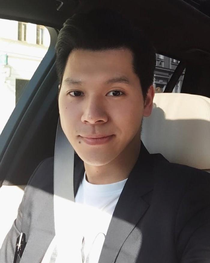 Hotboy Viet gia the 'khung', 'hoi chi em' tranh nhau 'rung trung'-Hinh-7