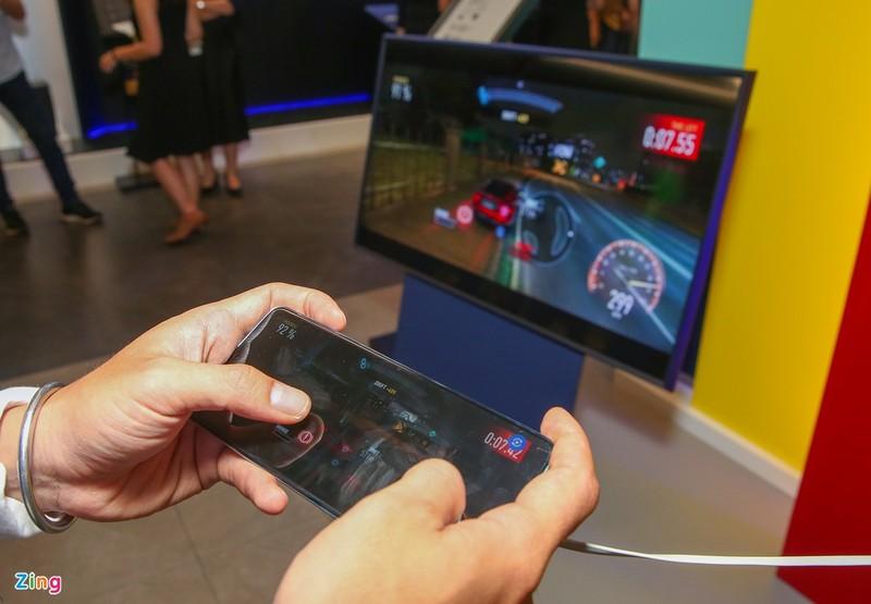Samsung dua TV vuot khoi dinh nghia truyen thong-Hinh-8