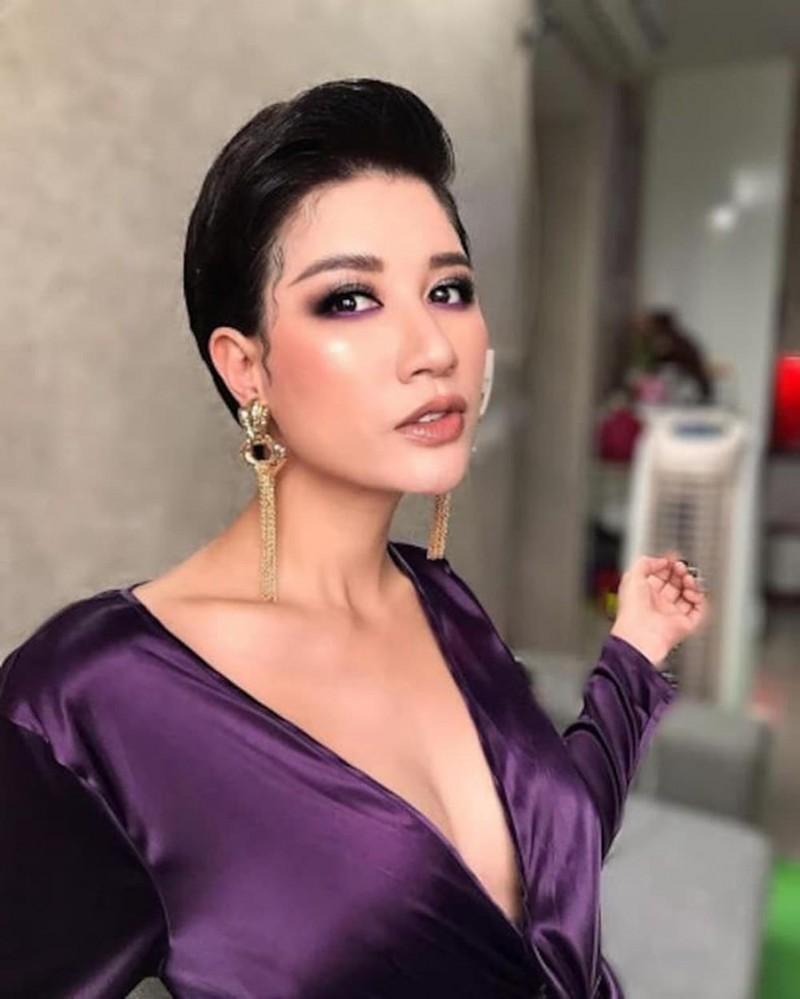 Trang Tran bi vu khong di bar khong tra tien