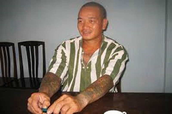 Nam Cam (Ky 19): Muon tay Dung Ha triet tieu doi thu