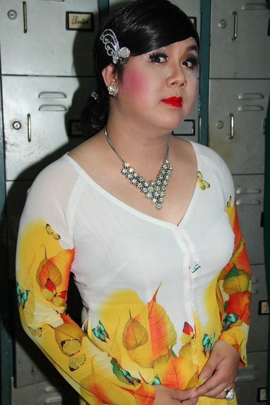 Gia Bao phu nhan tin hon ly hon vo vi lo gioi tinh that-Hinh-3