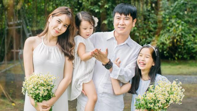 Luu Thien Huong - Luu Huong Giang khi bi don ly hon-Hinh-3