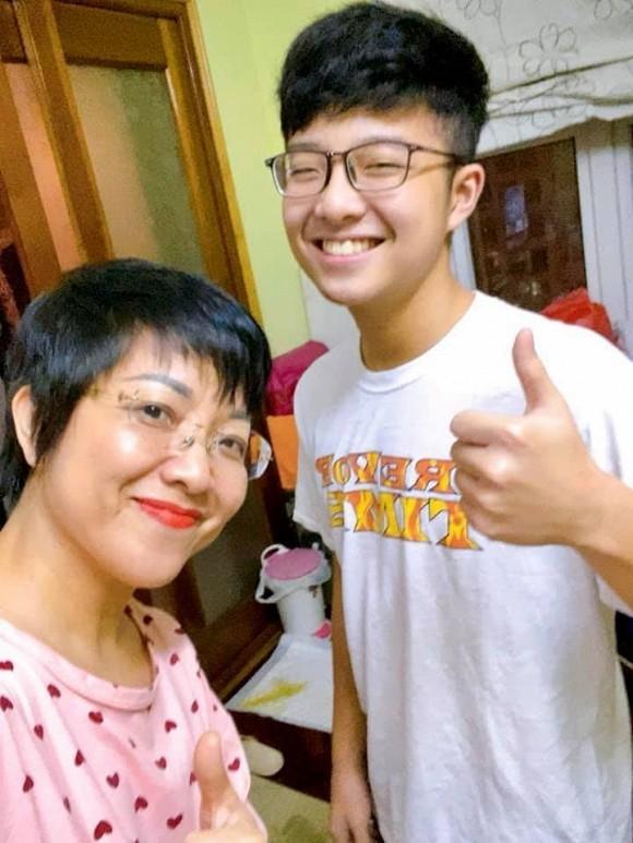 Con trai MC Thao Van co nhieu net giong dien vien Huynh Anh