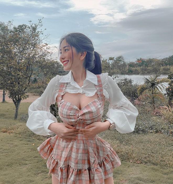 Hotgirl dinh dam Sai thanh lam dan mang tranh cai nay lua-Hinh-5