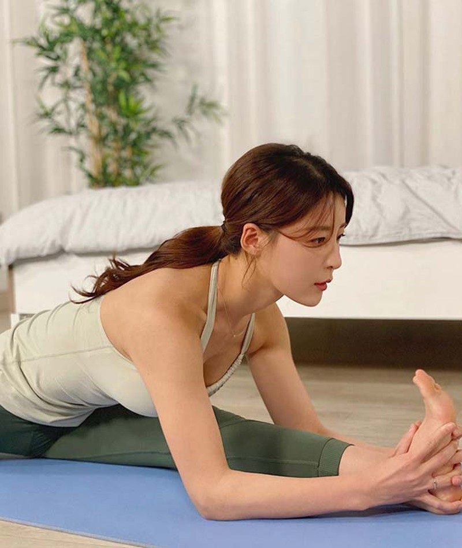 Nhan sac nhu thien than cua nu giao vien yoga Han Quoc-Hinh-7