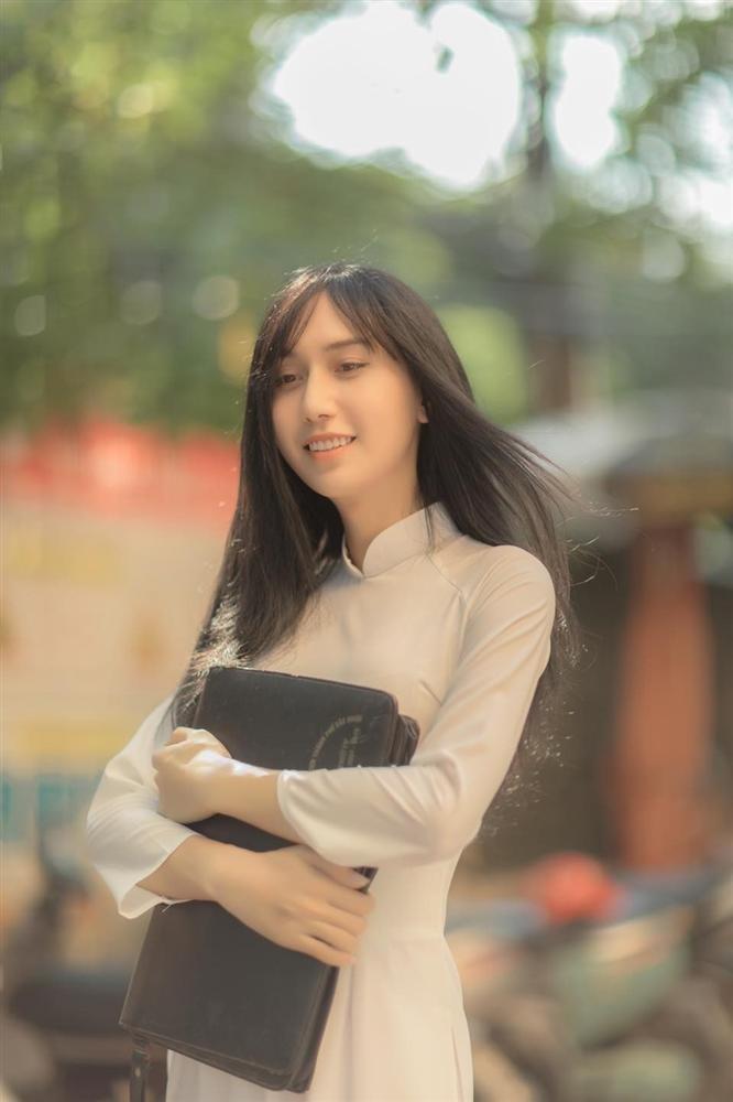 Toc Tien ben vuc ca si chuyen gioi Lynk Lee-Hinh-6
