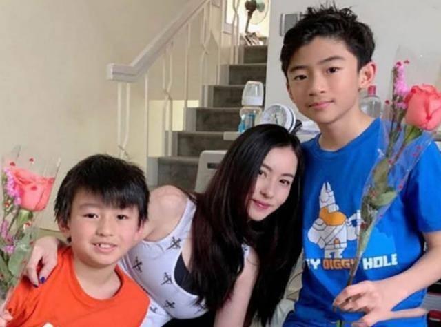 Truong Ba Chi co don, lui thui nuoi con khi lay Ta Dinh Phong-Hinh-3