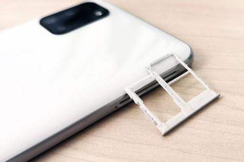 Can canh Samsung Galaxy A31 voi gia 6,49 trieu dong-Hinh-11