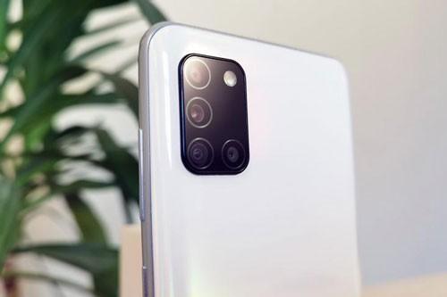 Can canh Samsung Galaxy A31 voi gia 6,49 trieu dong-Hinh-5