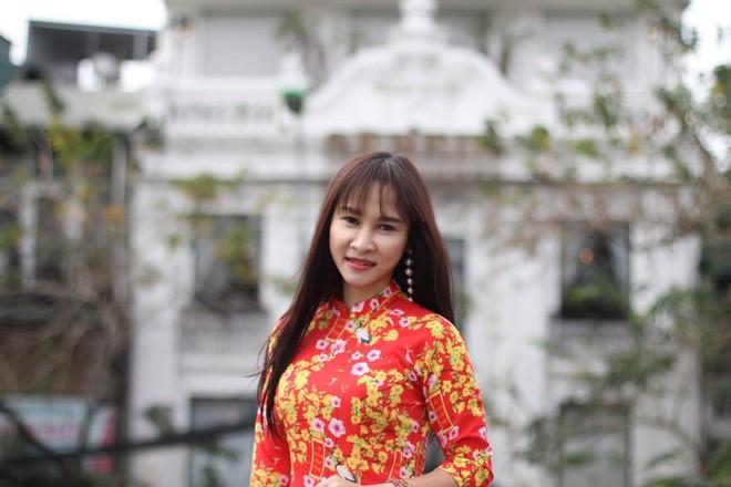 Nu dien vien 40 tuoi duoc NSUT Quang Teo cung nhu con gai