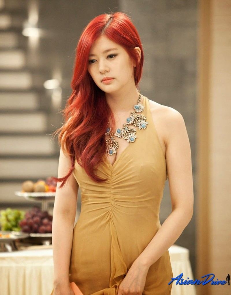 My nhan Han Quoc co guong mat tre tho, than hinh goi cam-Hinh-10