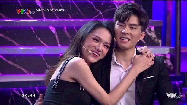 "Huong Giang nguong ""do mat"" khi bi ""ban trai tin don"" bat om hon-Hinh-2"