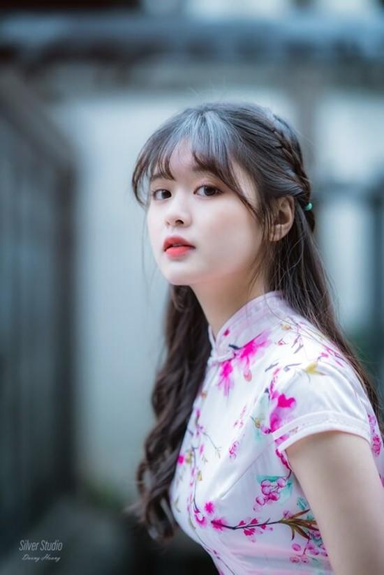 Nhan sac cua nu sinh tung xuat hien cung HLV Park Hang Seo-Hinh-4