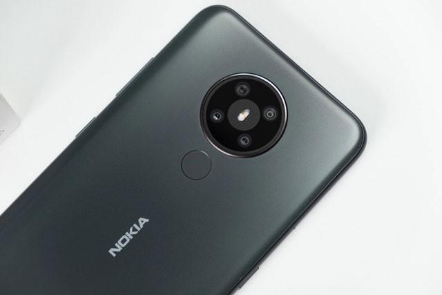 Nokia sap ra mat smartphone gia re hoan toan moi