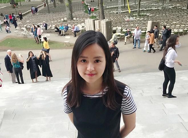 Nu sinh tai sac hon nguoi: Nguoi la Hoa khoi, nguoi hoc Harvard-Hinh-4
