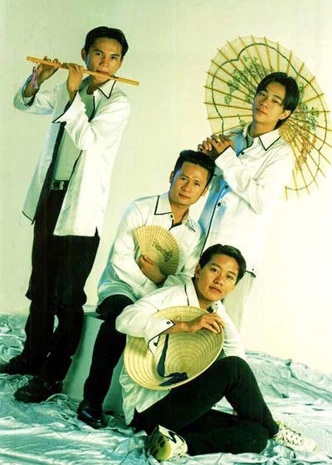 Su nghiep cua Tuan Hung truoc khi tuyen bo tam dung ca hat-Hinh-2
