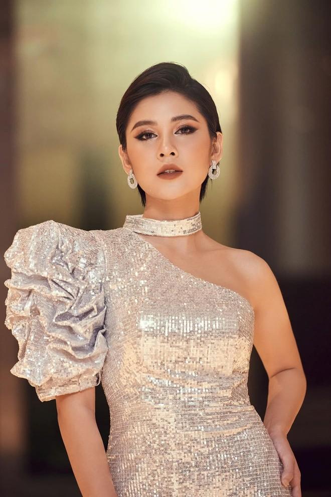 Diem trung hop dac biet giua Phanh Lee va MC Thu Hoai-Hinh-6