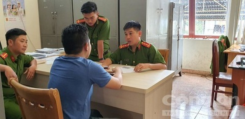 Dau tay Trung Quoc nhap canh 22 ngay van tuoi nhu vua hai-Hinh-3