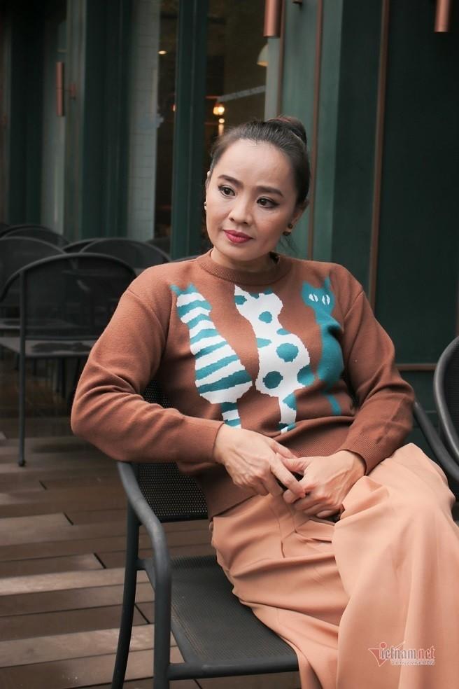 Hoai An 'Nguoi dep Tay Do' va qua khu dam nuoc mat-Hinh-10