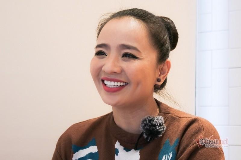 Hoai An 'Nguoi dep Tay Do' va qua khu dam nuoc mat-Hinh-5