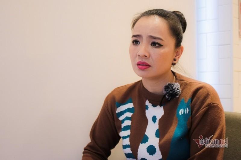 Hoai An 'Nguoi dep Tay Do' va qua khu dam nuoc mat-Hinh-7