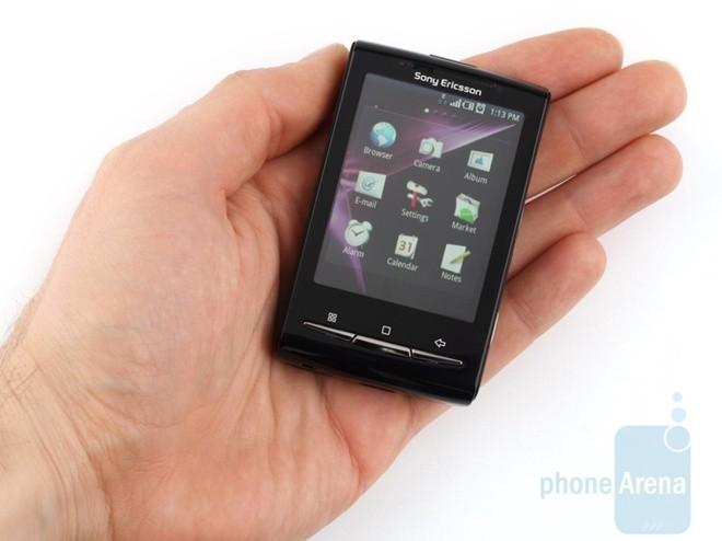 Sony tung co smartphone Android nho nhu thanh keo