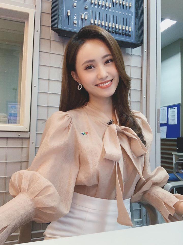 4 nu MC tre trung nhat nhi VTV: Nhan sac khong thua hoa hau-Hinh-16