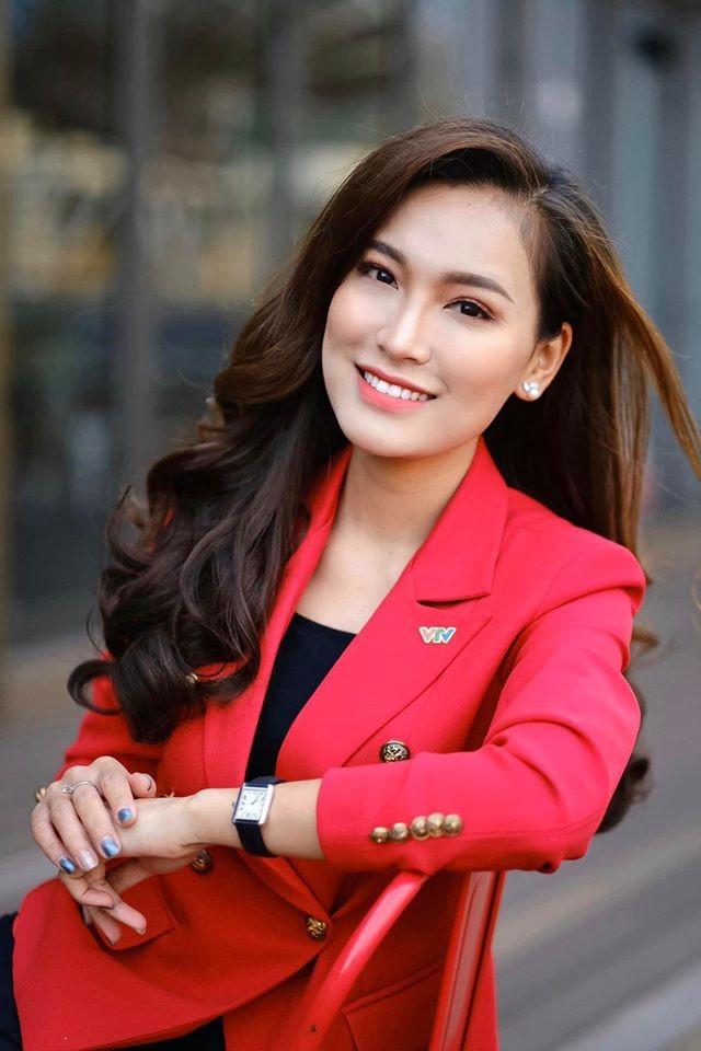 4 nu MC tre trung nhat nhi VTV: Nhan sac khong thua hoa hau-Hinh-2