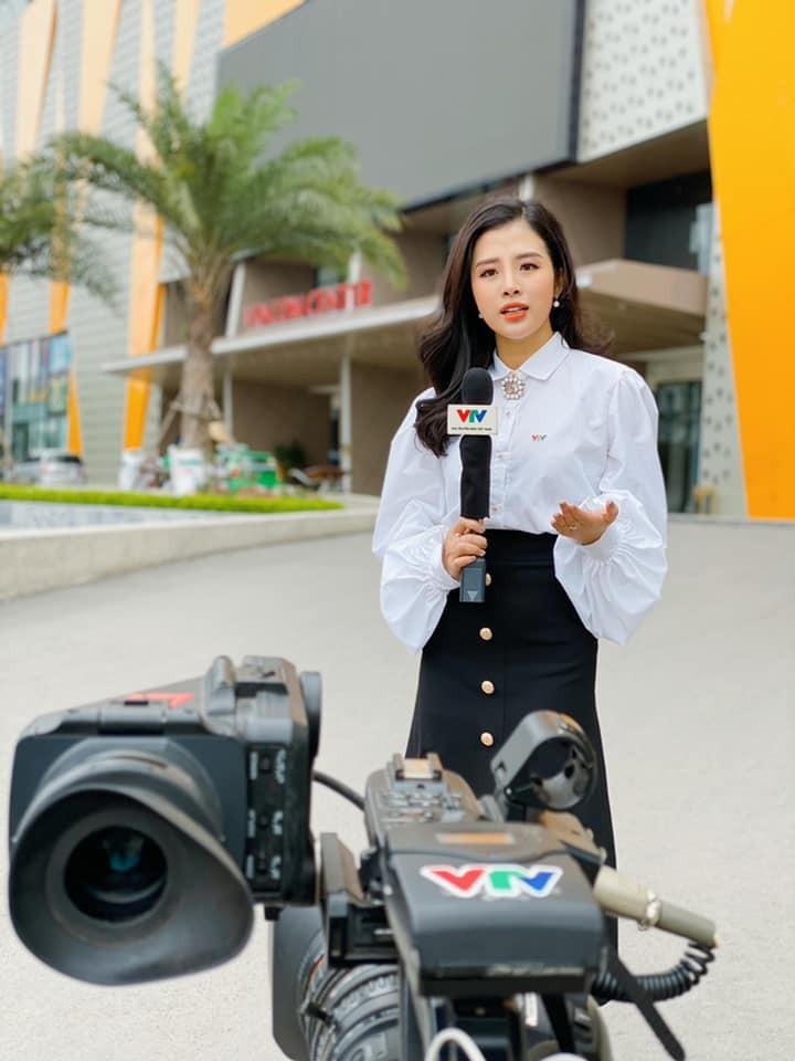 4 nu MC tre trung nhat nhi VTV: Nhan sac khong thua hoa hau-Hinh-39