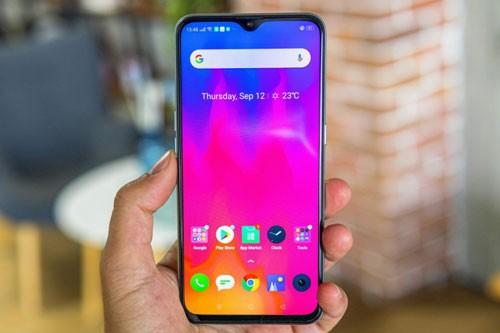 Smartphone Realme XT giam gia 'sap san' tai Viet Nam-Hinh-2