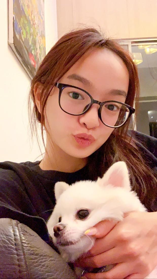 Kaity Nguyen la mot trong nhung sao Viet dau tien tu cach ly-Hinh-2
