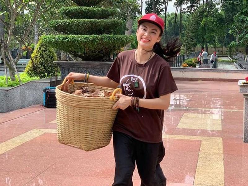 Cuoc song gian di cua Angela Phuong Trinh sau khi roi showbiz-Hinh-3