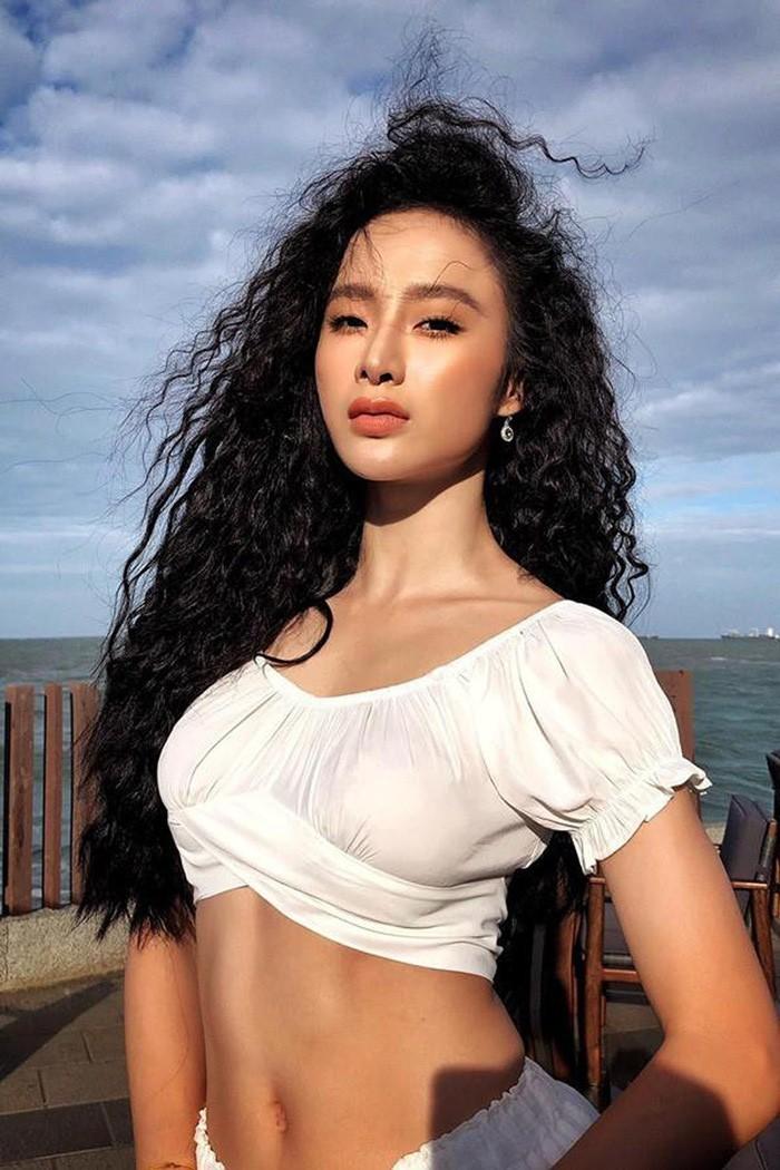 Cuoc song gian di cua Angela Phuong Trinh sau khi roi showbiz